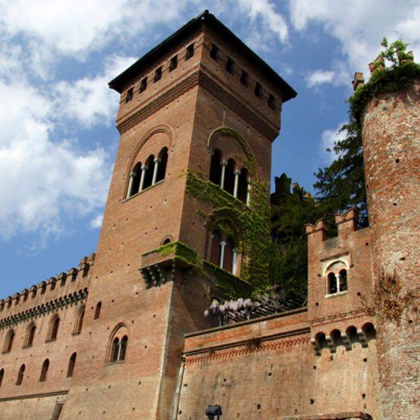 Gabiano_castello_689x474